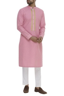Thread Embroidered Mandarin Collar Kurta Set
