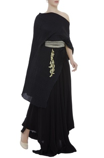 One Shoulder tunic With Pants & Pearl Embroidered Belt