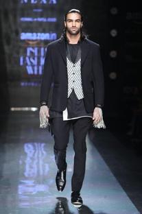 Black textured blazer
