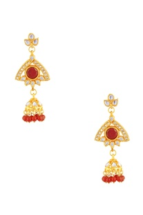 Gold polished drop earrings red stones