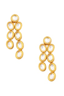 Gold kundan necklace and earrings