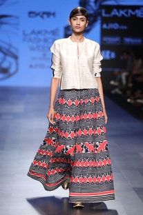 Ivory applique skirt