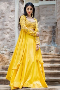 Mustard yellow lehenga set & cape
