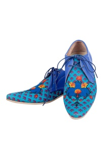 Blue floral printed shoes