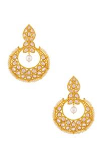 Gold & white beaded kundan earrings