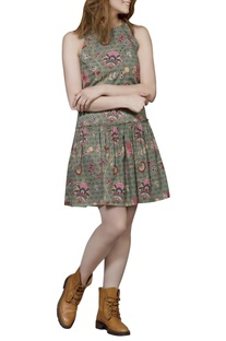 Green chintz short dress