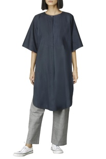 Navy blue kurta with flared sleeves