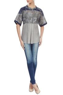 Grey & navy blue printed top
