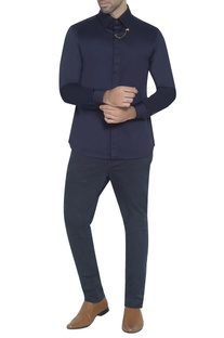 Navy blue shirt with gold lapel pink