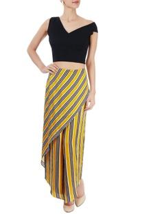 Black top & yellow striped pants