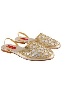 Beige sandals with mirror-work