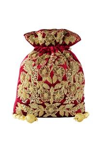 Maroon floral embroidered potli