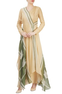 Beige asymmetrical draped kurta with pleat details