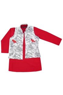 Red kurta with printed jacket