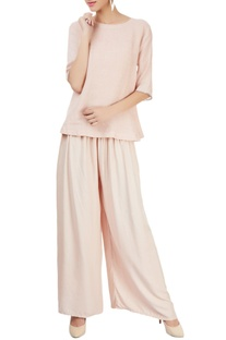 Pink top with elbow length sleeves