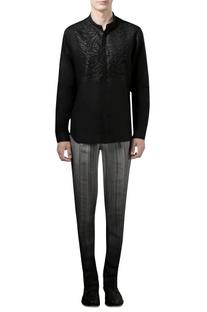 Black shirt with applique
