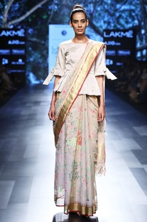 Beige sari with gold border