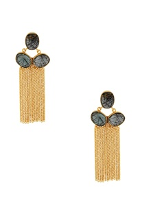 Black highlighted stone with gold chained earrings