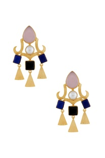 Gold earrings with triangle danglers