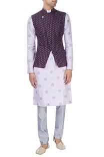 Lavender embroidered kurta set with purple bandhi jacket