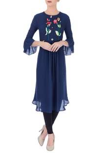 Navy blue kurta with floral embroidery