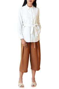 Ivory shirt with waist tie