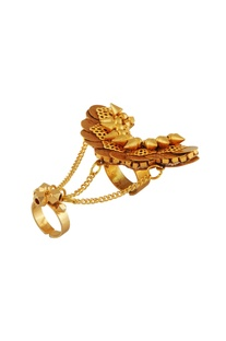 Gold plated ring with draped chains