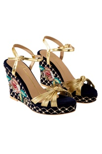 Navy blue rose print wedges