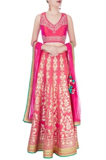 Fuschia embellished lehenga set