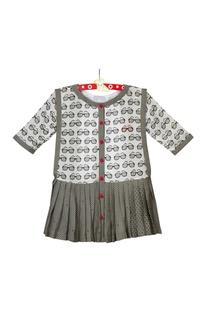 Offwhite grey sunglass and polka dot print dress