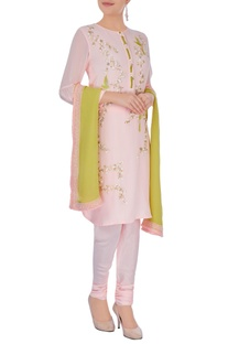 Pink embroidered kurta set