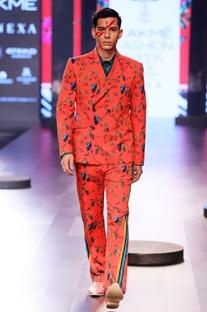 Red printed blazer