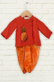 Red pineapple motif kurta