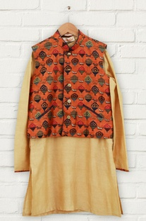 Orange printed jacket & kurta