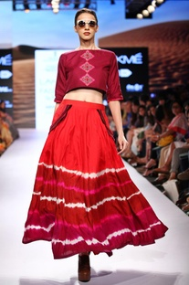 Burgundy printed top & maxi skirt