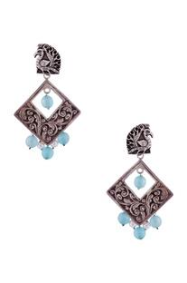 Silver diamond shaped earrings