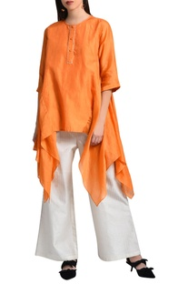 Orange kurta with pleated back