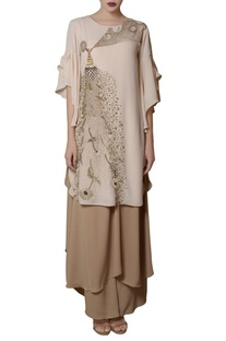 Offwhite tunic & beige tiered pants
