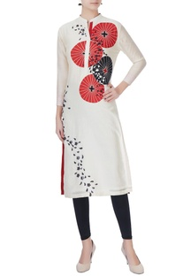 Ivory embroidered chanderi silk kurta