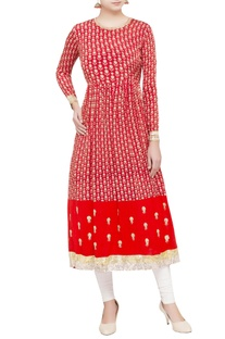 Red embroidered crepe kurta