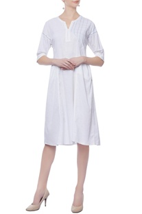 White pocket dress