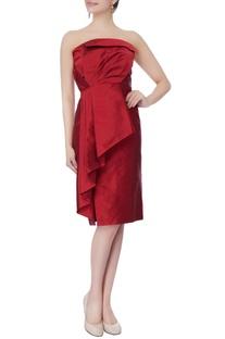 Maroon taffeta silk strapless dress