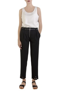 Black cropped trousers with belt