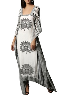 White & black printed chiffon kaftan