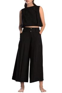 Black hand-woven black trousers