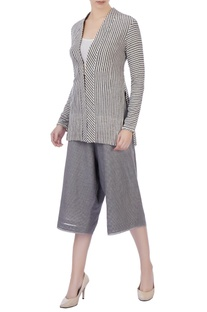 Grey organic cotton culottes & jacket