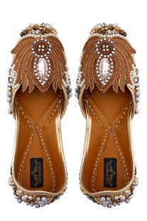 Golden leather embroidered jootis