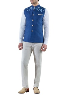 Navy blue embroidered raw silk bandi