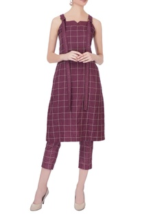 Burgundy linen cigarette pants