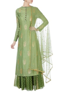 Green sequin kurta with skirt & net dupatta